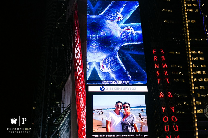 Times Square New York Valentines Day marriage proposal (17)