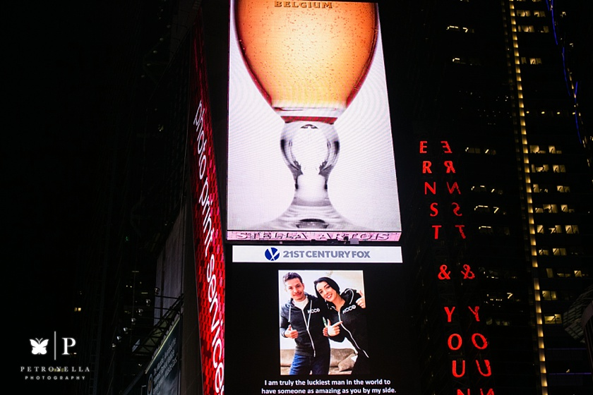 Times Square New York Valentines Day marriage proposal (18)