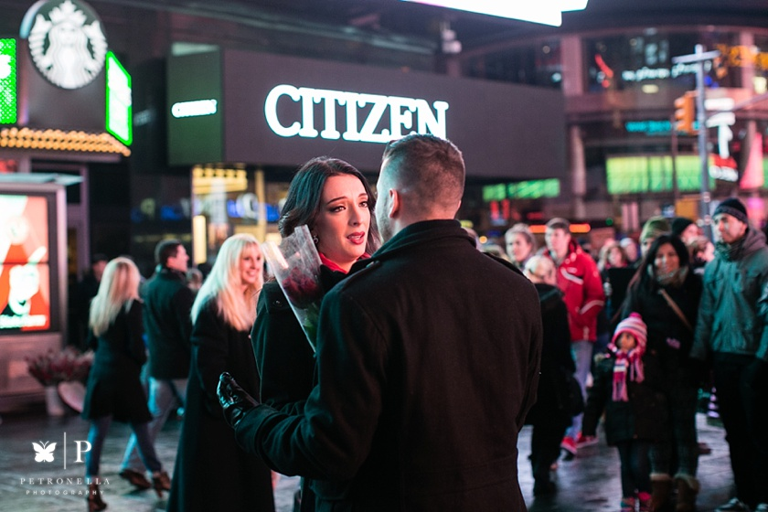 Times Square New York Valentines Day marriage proposal (11)