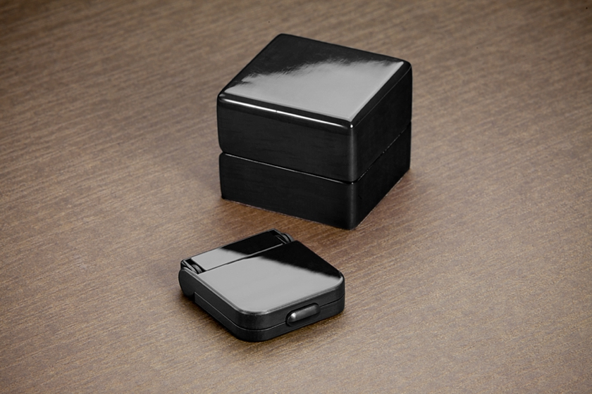 The Ring Stash the perfect solution to a bulky engagement ring box (1)
